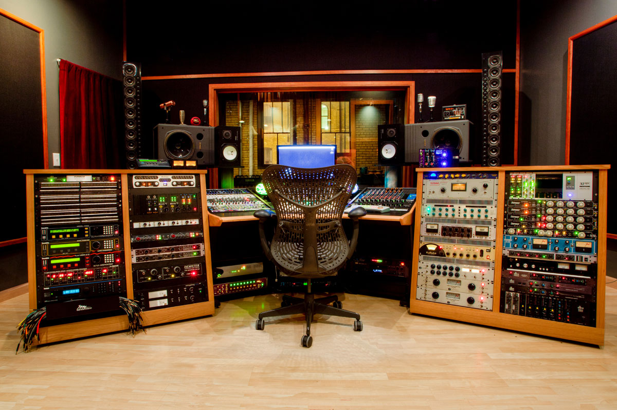 top 9 best plugins for pro tools in 2018 pro tools production. Black Bedroom Furniture Sets. Home Design Ideas